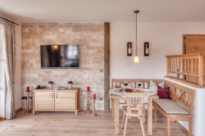Ferienwohnungen im rosengarten de ruhpolding for 8 qm wohnzimmer