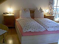 Ferienwohnung in Miesbach, Tegernsee. Kundenbewertung: 4.9 von 5 Punkten