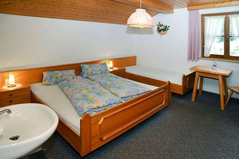 ferienwohnung haus brandl in gaschurn f r 5 personen bei. Black Bedroom Furniture Sets. Home Design Ideas
