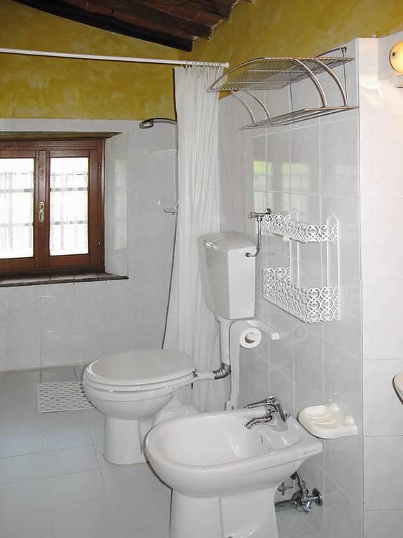 ferienwohnung agriturismo s margherita in pescia f r 4 personen 2 schlafzimmer bei tourist. Black Bedroom Furniture Sets. Home Design Ideas