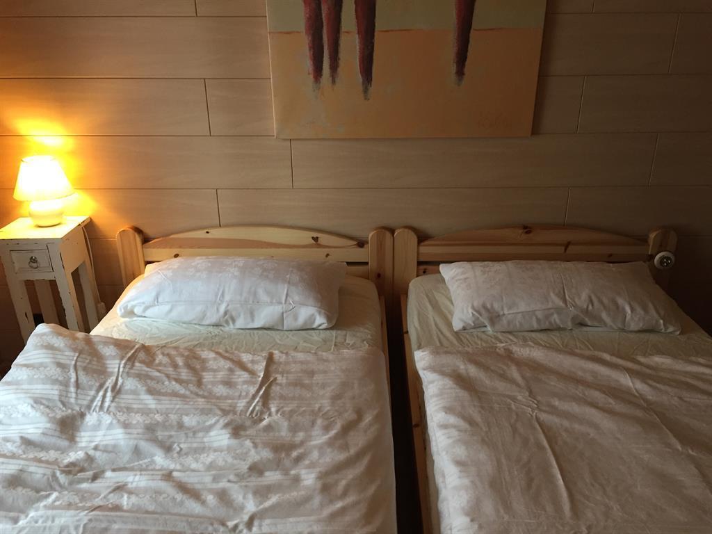 ferienhaus mein westerwald 6 bett ferienhaus in seck f r 6 personen 2 schlafzimmer hund. Black Bedroom Furniture Sets. Home Design Ideas