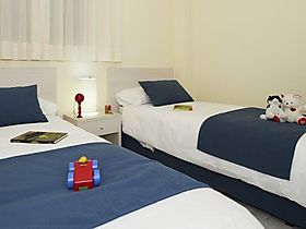 ferienwohnung almer a roquetas de mar appartement 3 zimmer f r 6 personen klimaanlage standard. Black Bedroom Furniture Sets. Home Design Ideas