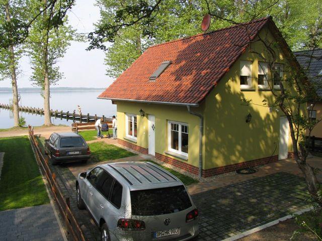 exklusives ferienhaus uttied direkt am plauer see mecklenburgische seenplatte deutschland. Black Bedroom Furniture Sets. Home Design Ideas