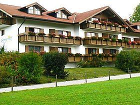 Ferienwohnungen & Ferienhäuser bei Enzenstetten mieten