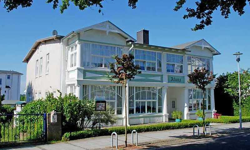 Ferienwohnung appartementhaus im ostseebad sellin for Appartementhaus ostseebad sellin