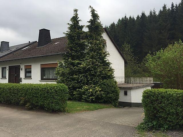 Bosch Kühlschrank Holiday : Holiday apartment ferienwohnung holiday apartment in olpe für 6