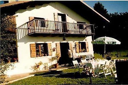 Ferienwohnungen & Ferienhäuser in Mel mieten