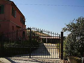 "Landhaus ""Country Haus"" in Collecorvino, Pescara Binnenland für 6 Personen (Italien)"