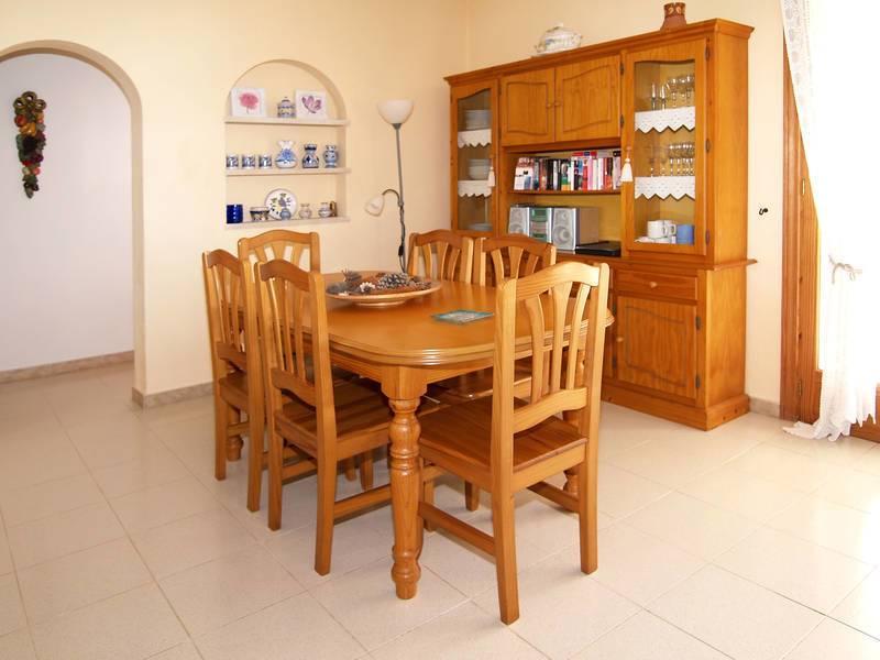 Ferienhaus cala figuera f r 4 personen 2 schlafzimmer bei for Gartengestaltung 400 m2