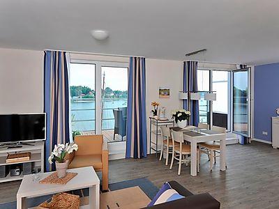 apartmenthaus hafenspitze ap 40 blickrichtung binnenhafen nord west offenes meer innenstadt in. Black Bedroom Furniture Sets. Home Design Ideas