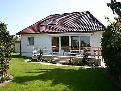 ferienhaus 4 pfoten ferienhaus 4 pfoten in timmendorfer strand f r 5 personen 3 schlafzimmer. Black Bedroom Furniture Sets. Home Design Ideas