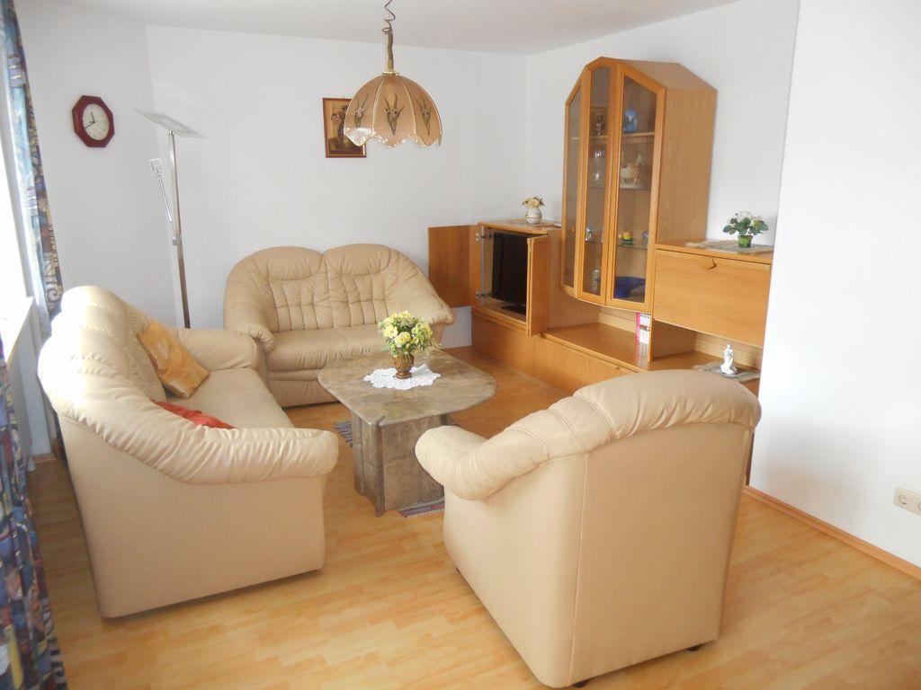 haus an der abens bad g gging ferienwohnung 80 qm eg mit 2 schlafzimmern f r 4 personen bei. Black Bedroom Furniture Sets. Home Design Ideas