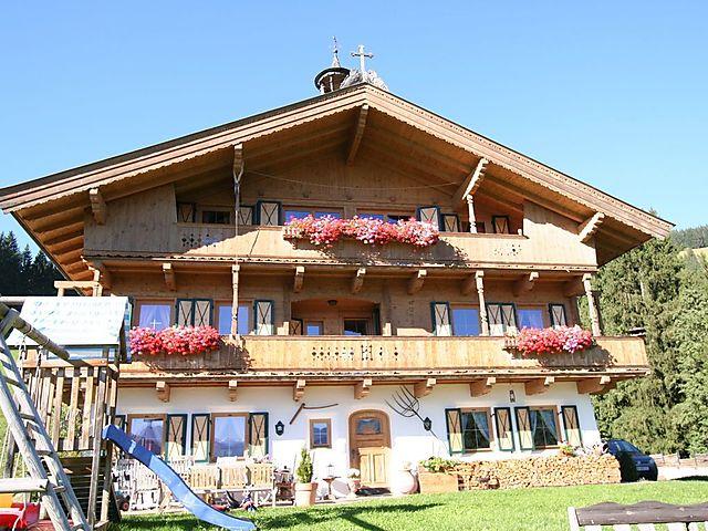 Willkommen bei Intersport Kitzsport | 8x in Kitzbhel & Kirchberg