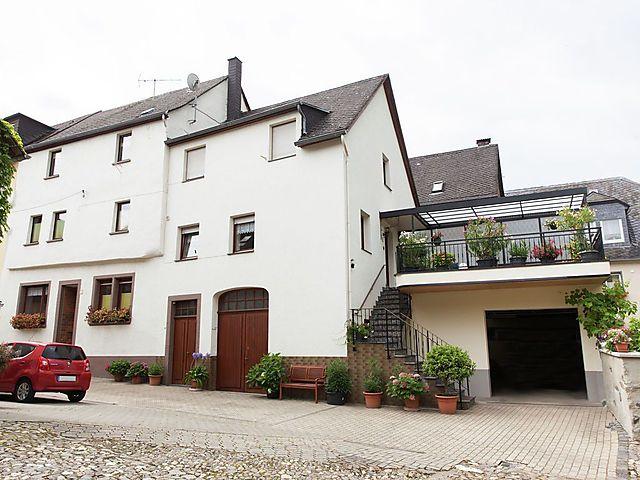 Ferienwohnung Weingut Hausmann In Ernst Mosel Fur 4 Personen Deutschland