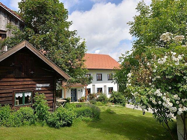 Ferienhaus Weitblick in Zenting für 10 Personen, 5 Schlafzimmer ...