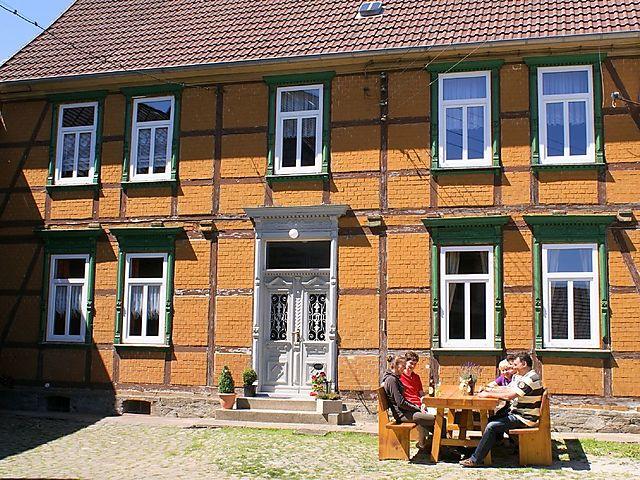 Ferienhaus Haus Brockenblick in Hüttenrode für 14 Personen bei ...