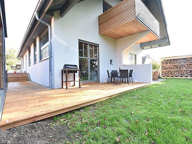 Individuell und charmant - Ferienwohnung Sonne mit Kamin, Terrasse und  Garten, Entspannter Ostseeurlaub in voll ökologisch erbauter Ferienwohnung  mit ...