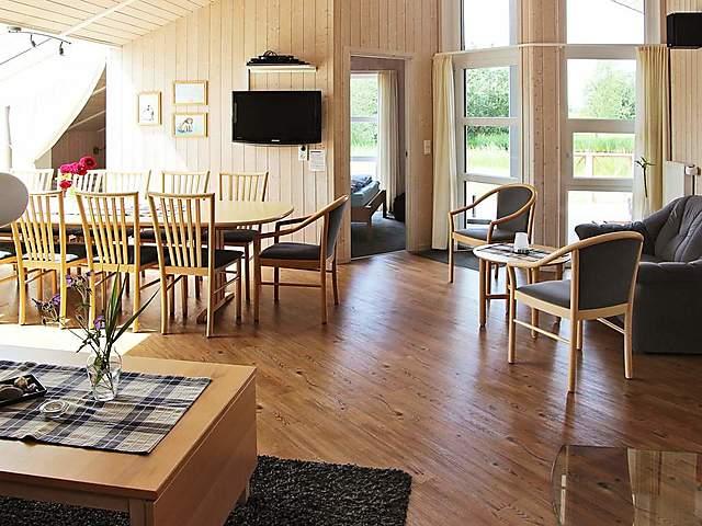 Ferienhaus Otterndorf für 12 Personen, 4 Schlafzimmer bei tourist ...