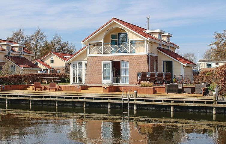 """Ferienhaus It Soal Waterpark-Waterlelie"" in Workum, IJsselmeer (Friesland) für 8 Personen (Niederlande) (Bild 1)"