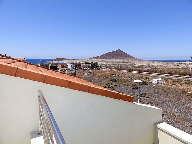 "Ferienwohnung ""Apartment - 3 bedrooms with WiFi and Sea views - 107969"" in El Medano, Teneriffa Süd für 6 Personen (Spanien) (Bild 1)"