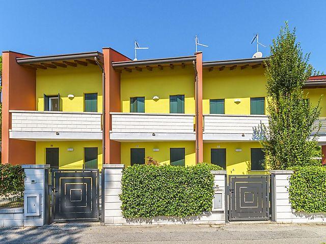 Ferienhaus Villa Begonie Bib720 In Bibione Fur 8 Personen 3 Schlafzimmer Bei Tourist Online Buchen Nr 133368