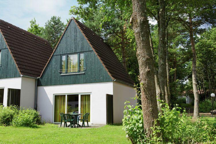 Gartenmobel Aus Holz Richtig Pflegen : Ferienhaus Center Parcs Eifel in Gunderath für 8 Personen bei tourist
