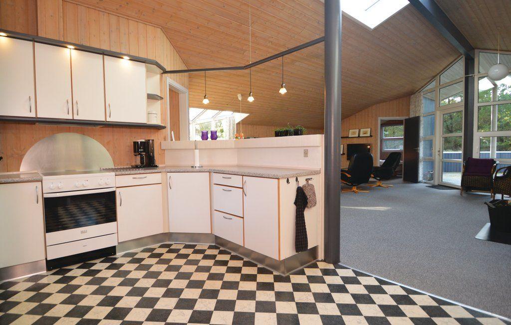 ferienhaus bl vand f r 8 personen bei tourist online. Black Bedroom Furniture Sets. Home Design Ideas