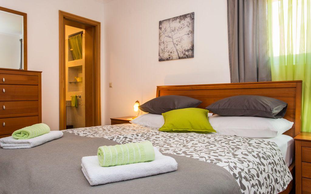 ferienwohnung mit klimaanlage in silo f r 4 personen 1 schlafzimmer hund erlaubt bei tourist. Black Bedroom Furniture Sets. Home Design Ideas