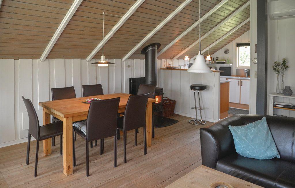 ferienhaus henne f r 6 personen bei tourist online buchen nr 850844. Black Bedroom Furniture Sets. Home Design Ideas
