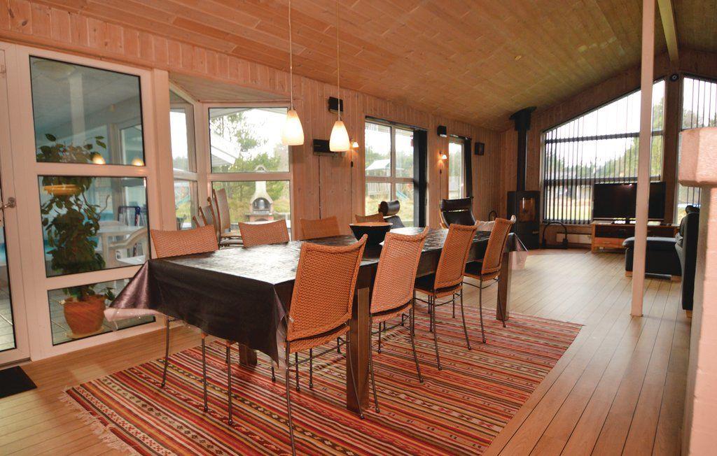 ferienhaus bl vand f r 12 personen bei tourist online. Black Bedroom Furniture Sets. Home Design Ideas