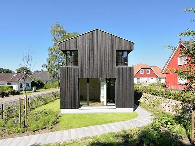 ferienhaus architektenhaus auf dem darß, offener wohnbereich mit, Wohnzimmer dekoo